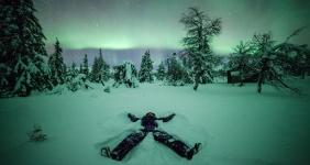 http://www.thewhitecircle.com/holidays/23/husky-and-aurora-weekend